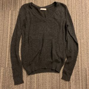 Abercrombie and Fitch v neck women's sweater
